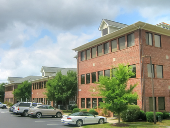 Dominick Huckabee Noblin & Trent Insurance Agency Office Building